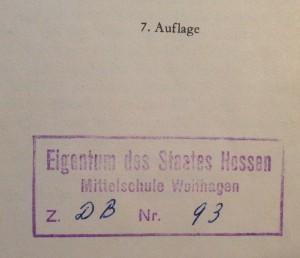 Item: Der Eigentumsstempel des Landes Hessen. Sollte ich der Erbe einer anarchistischen Diebesbande sein?
