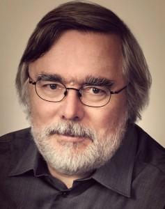 Er hat als Informatiker bereits eine Vielzahl von Büchern veröffentlicht, aber MORDKAP ist sein erster Krimi - und hoffentlich nicht der letzte: Rainer Doh