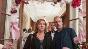 Im falschen Film: Ein bisschen wie ungebetene Gäste stolpern Janneke (Margarita Broich) und Brix (Wolfram Koch) durch den ganzen Tatort. (Bild von www.daserste.de)